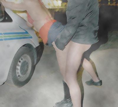 車外で既婚男性と青姦セックスする妻